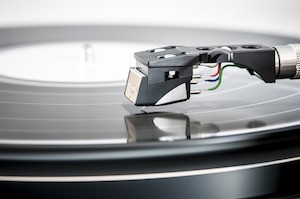 Change the record to fix your memory problems and learn anything - photo of record player